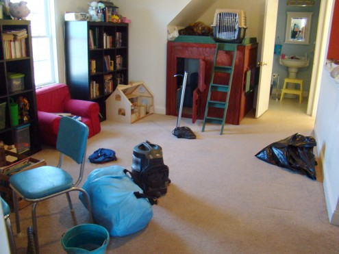 dog play room home this is where we sort of left off last time well the air mattress and dog crate werent there time but at least you can see carpet again playroom part walking in high cotton